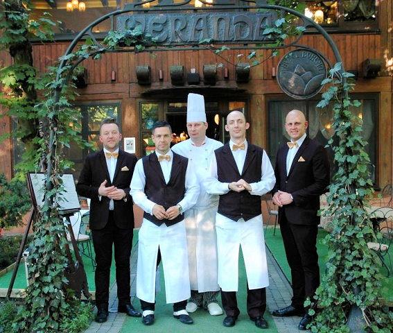 restauracja-weranda-obiad-po-ślubie-567x480